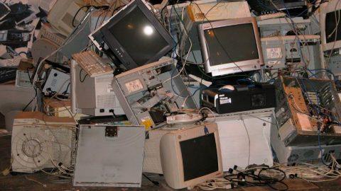 Que faire des déchets électroniques? réemploi, recyclage, réutilisation?