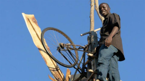 #Inspiration : William Kamkwamba, le garçon qui dompta le vent