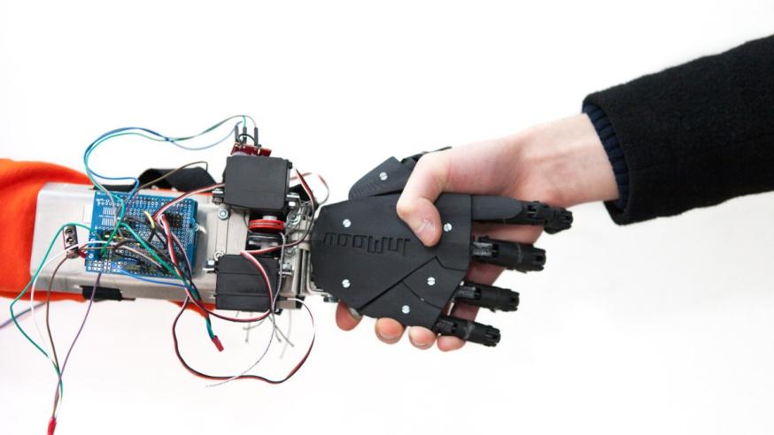 Photo of #TechForGood : My Human Kit permet à tous de fabriquer des prothèses par impression 3D